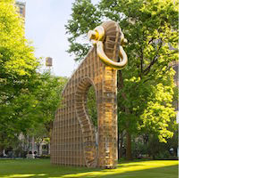 Martin Puryear <i>Big Bling</i> at Madison Square Park