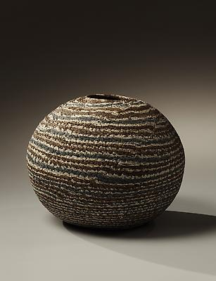 Globular &lt;i&gt;neriage&lt;/i&gt; vase with layers of rough blue, gray and rust colored clays, 1982