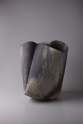 Kodô (Pulse), 2011 Multi-fired unglazed stoneware 17 3/4 x 15 3/8 x 16 1/2 inches Inv# 7059 SOLD