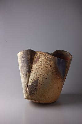 Kodô (Pulse), 2011 Multi-fired unglazed stoneware 15 3/4 x 16 1/8 x 16 3/8 inches Inv# 7060 SOLD
