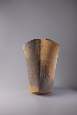 Kodô (Pulse), 2011 Multi-fired unglazed stoneware 17 x 11 1/4 x 10 1/2 inches Inv# 7067 SOLD
