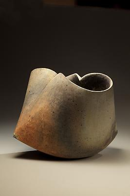 Kodô (Pulse), 2011 Multi-fired unglazed stoneware 15 3/8 x 18 x 19 inches Inv# 7075 SOLD