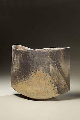 Kodô (Pulse), 2011 Multi-fired unglazed stoneware 14 3/4 x 17 3/8 x 8 5/8 inches Inv# 7077 SOLD
