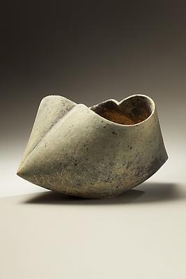 Kodô (Pulse), 2011 Multi-fired unglazed stoneware 10 5/8 x 17 3/8 x 12 5/8 inches Inv# 7079 SOLD