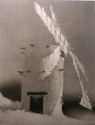 Greek Windmill on a Snowbank, 2002 photogravure 35,6 x 27,9 cm edition of 10 1.400 € including tax