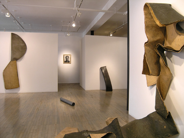<i>Sculptures from 1967 and 1968</i><br />15 January - 28 February 2004<br />