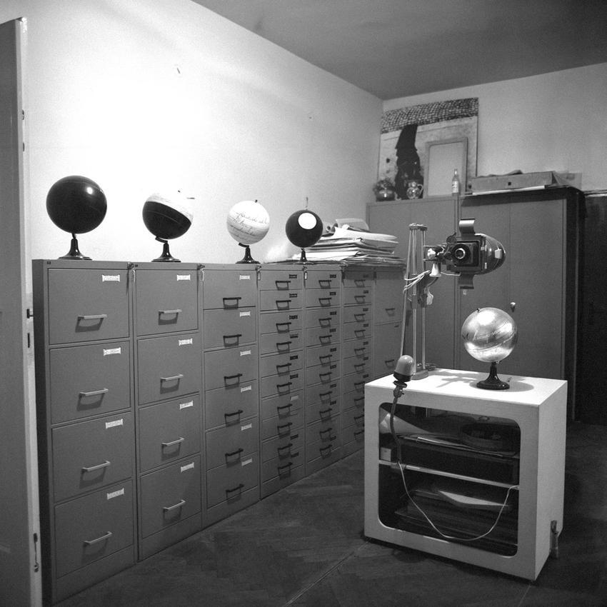 Installation view of Manifesti (Atelier Tose Dabac, Zagreb, Croatia, 1978)<br />Photo by Petar Dabac<br />