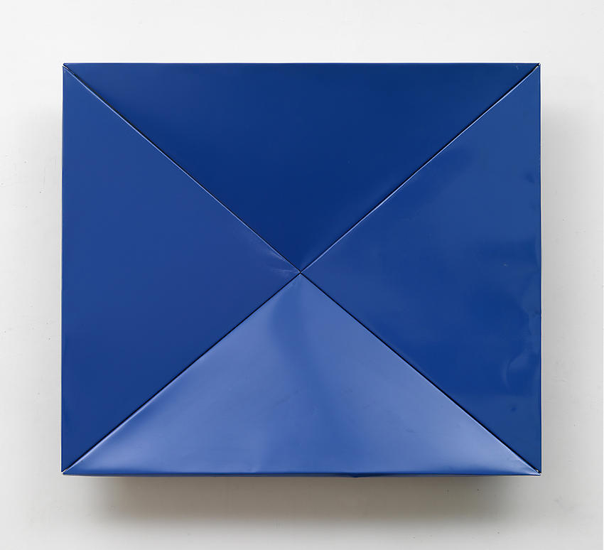 CHARLOTTE POSENENSKE<br /><i>Faltung</i> (Fold)<br />1965<br />RAL blue spray paint on folded sheet aluminum<br />34 x 39 3/4 x 5 3/4 inches (86.3 x 99 x 14.6 cm)<br />