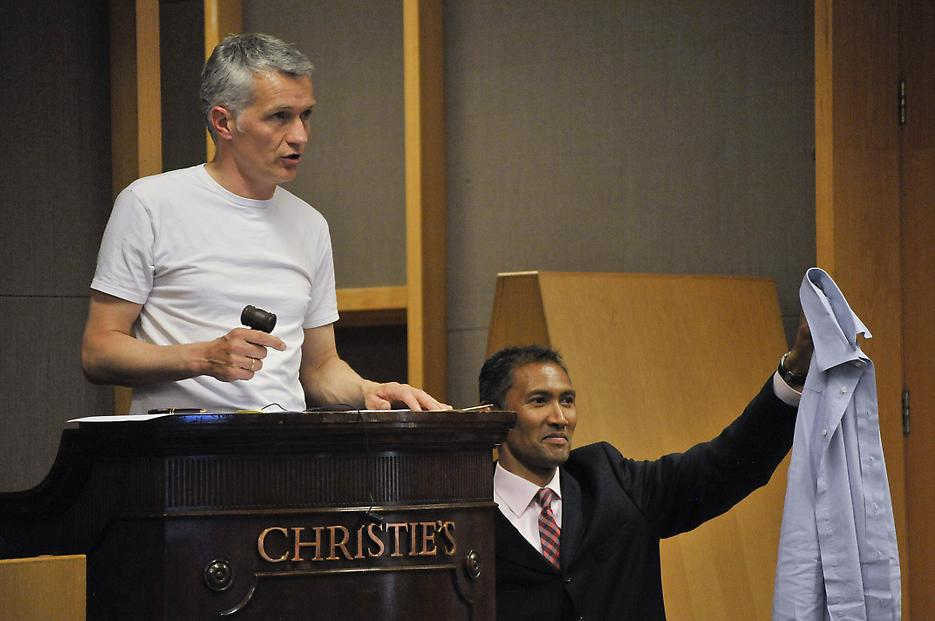 Christian Jankowski Strip the Auctioneer