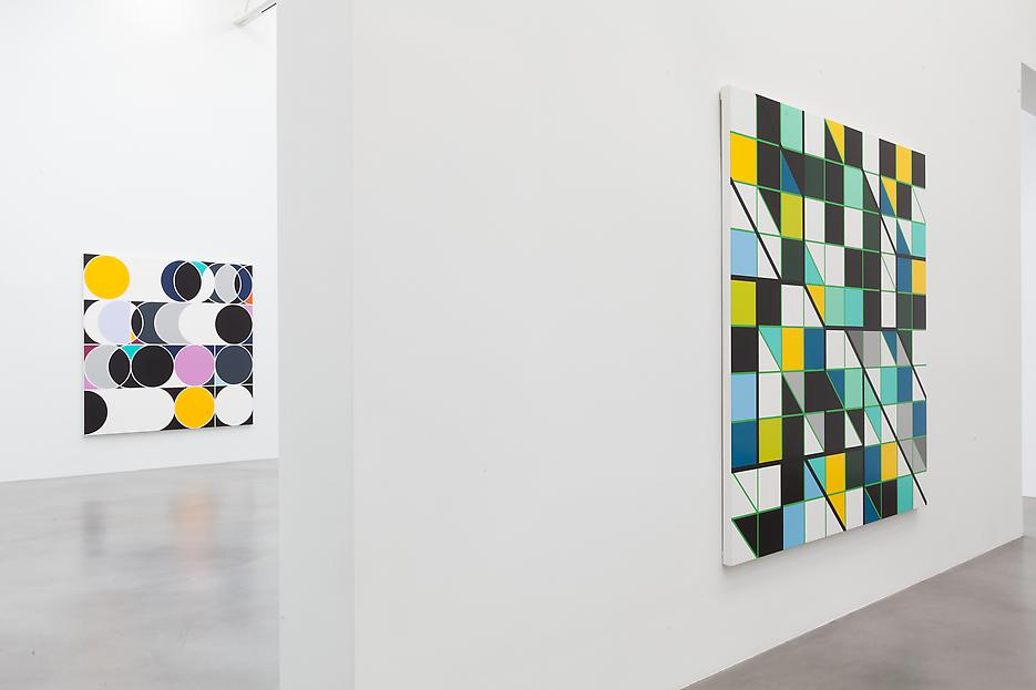 Sarah Morris <i>Academia Militar</i> Installation view 19 2013
