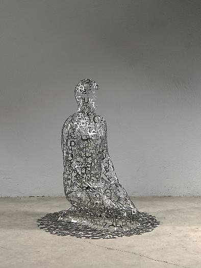 Self Portrait as W. Faulkner I, 2011 Stainless steel 46 1/8 x 39 3/8 x 39 3/8 inches 117 x 100 x 100 cm)