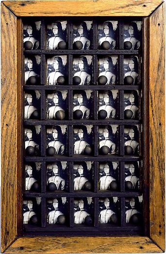 Joseph Cornell Untitled (Medici Box), ca. 1950 Mixed media box construction 15 1/4 x 10 x 2 in.