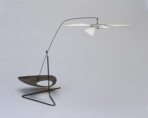 Alexander Calder Standing Mobile with Swivel, c. 1960 Painted sheet metal and wire 15 x 22 1/2 x 8 in. 38.1 x 57.2 x 20.3 cm