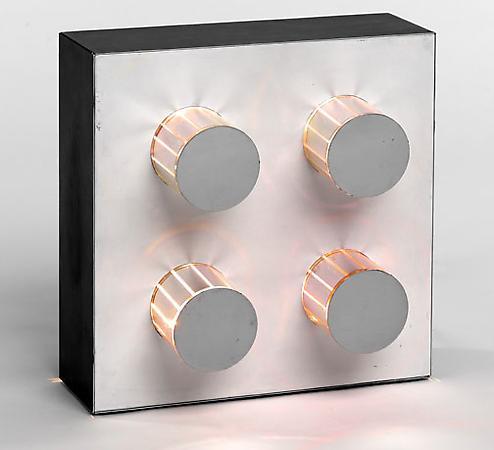 Martha Boto - Martha Boto, Dynamo de 1969, el metal, el plástico, el motor eléctrico, 17 1/2 x 16 1/2 x 9