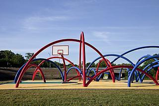 Los Carpinteros: Free Basket Image