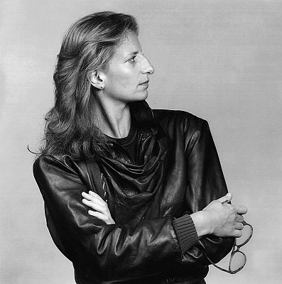 Annie Leibovitz, 1983 gelatin silver print image: 19 1/4 x 15 1/4 inches  (48.9 x 38.7 cm) paper: 20 x 16 inches  (50.8 x 40.6 cm) edition of 10 with 2 APs  MAP-1095