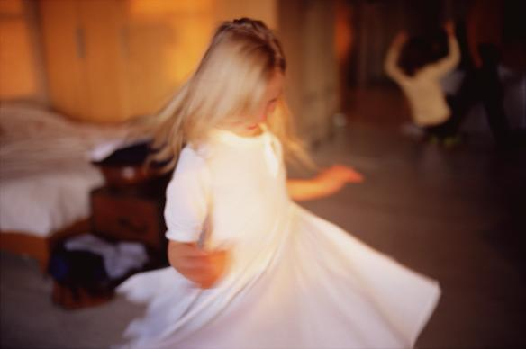 Ava Twirling, NYC 2007 chromogenic print 76 x 102 cm