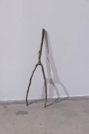 Ramo Rabdomante 2016 bronze 60 x 20 x 2 cm