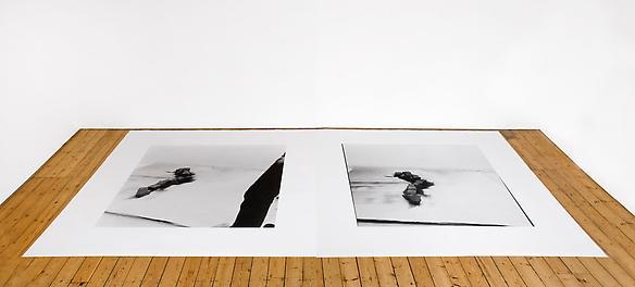 Emilio Prini / da fermacarte 1968 2 photographs 200 x 200 cm each image