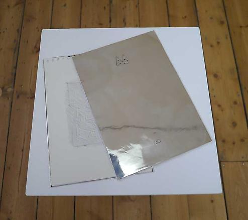 A4 2013 silver box 30.7 x 22 cm