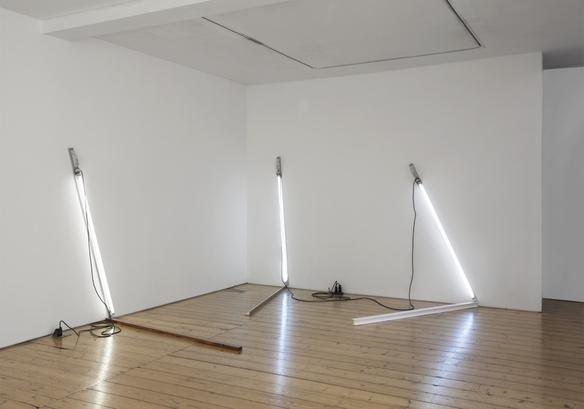 london angles #2  2014 aluminium, iron, fluorescent light and electric cable dimensions variable