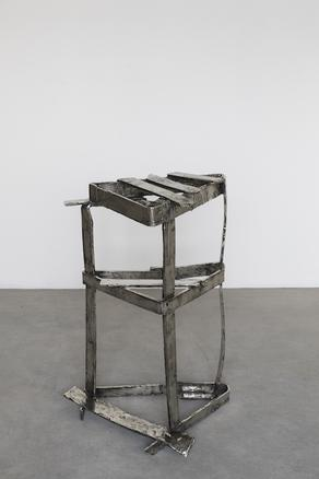 Two portraits with person, 2018 polished white bronze 74 x 53 x 33 cm
