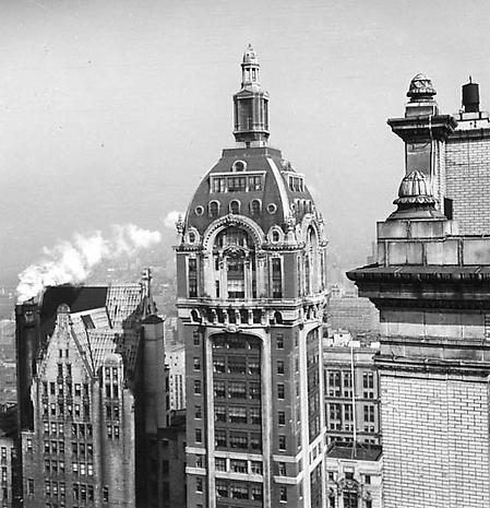 Singer Building c.1948 gelatin silver print 11 1/2 x 12 1/4 inches