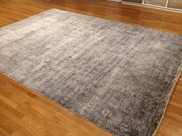 Silk, hand-woven 200 knots Available in 9' x 12' Made to custom sizes and colors #2