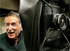 Photographer Julius Shulman dies